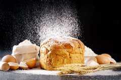 高筋面粉和低筋面粉有什么区别?要怎么挑选?