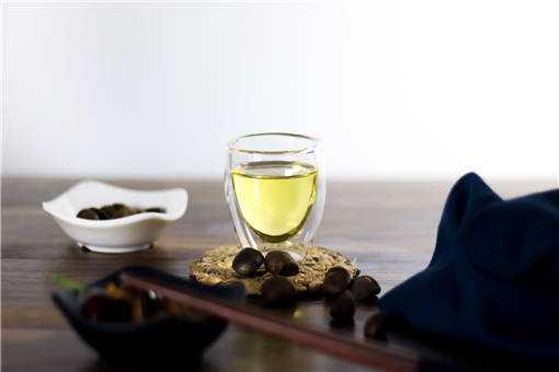 2020年茶籽油价格多少钱一斤