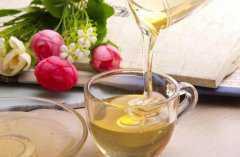 喝蜂蜜水的好处和坏处,喝蜂蜜水的禁忌有哪些